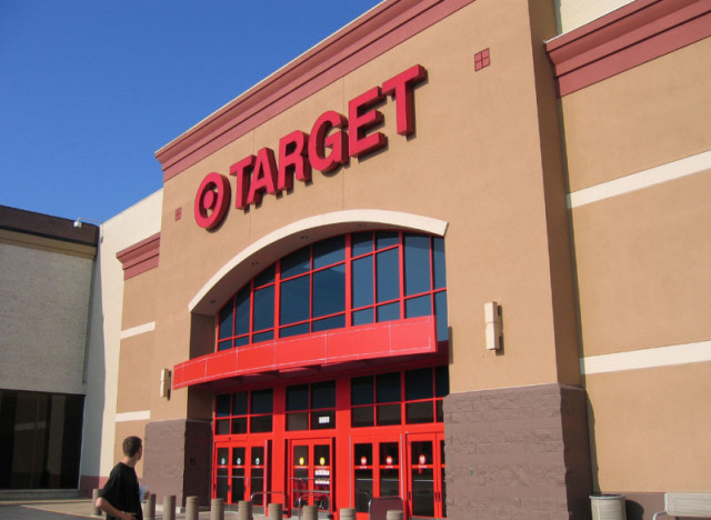 Holiday guide store hours for target best buy costco for Michaels crafts hours today