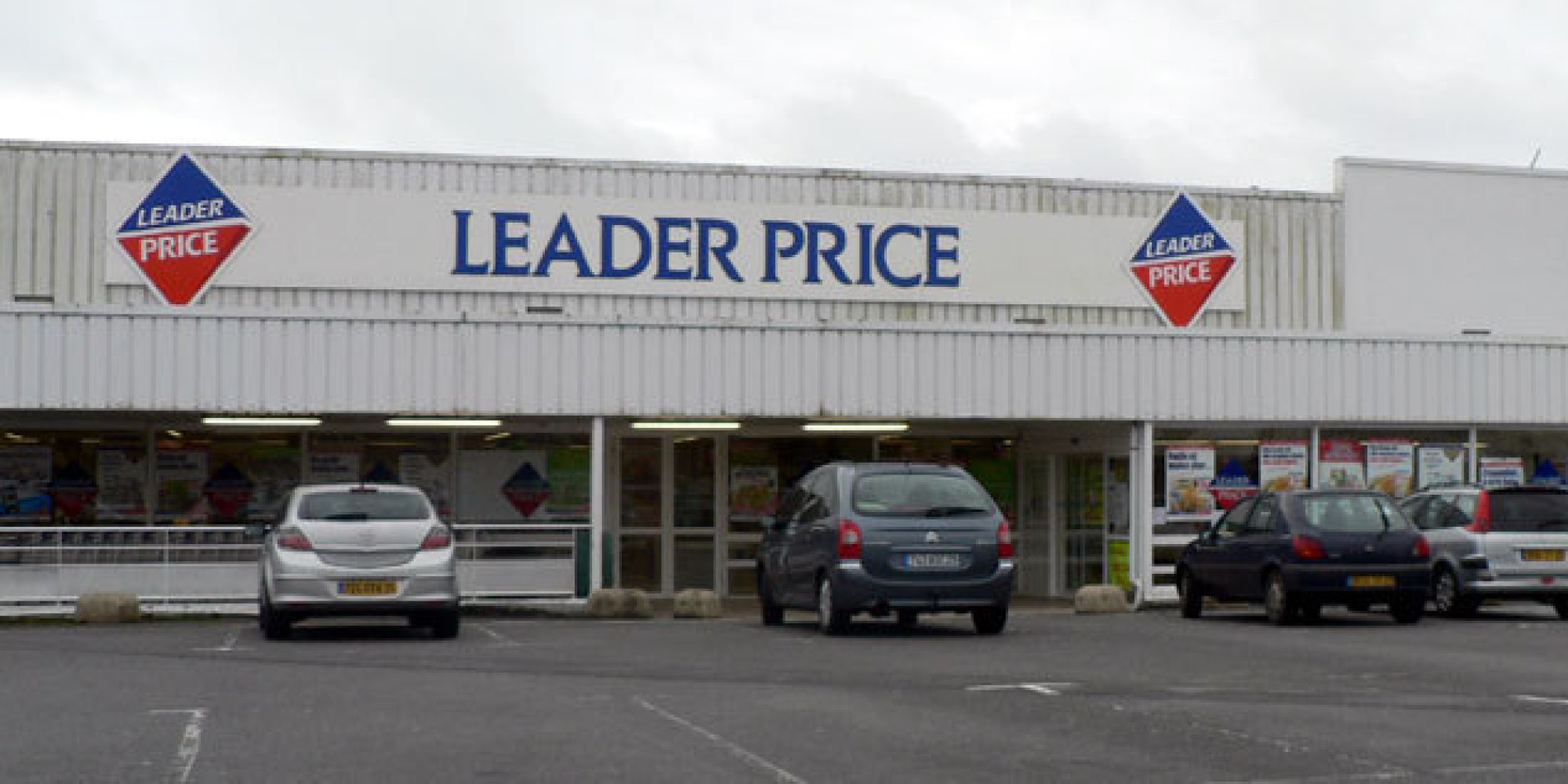 leader price ouvre aujourd 39 hui son premier magasin hard discount au maroc. Black Bedroom Furniture Sets. Home Design Ideas