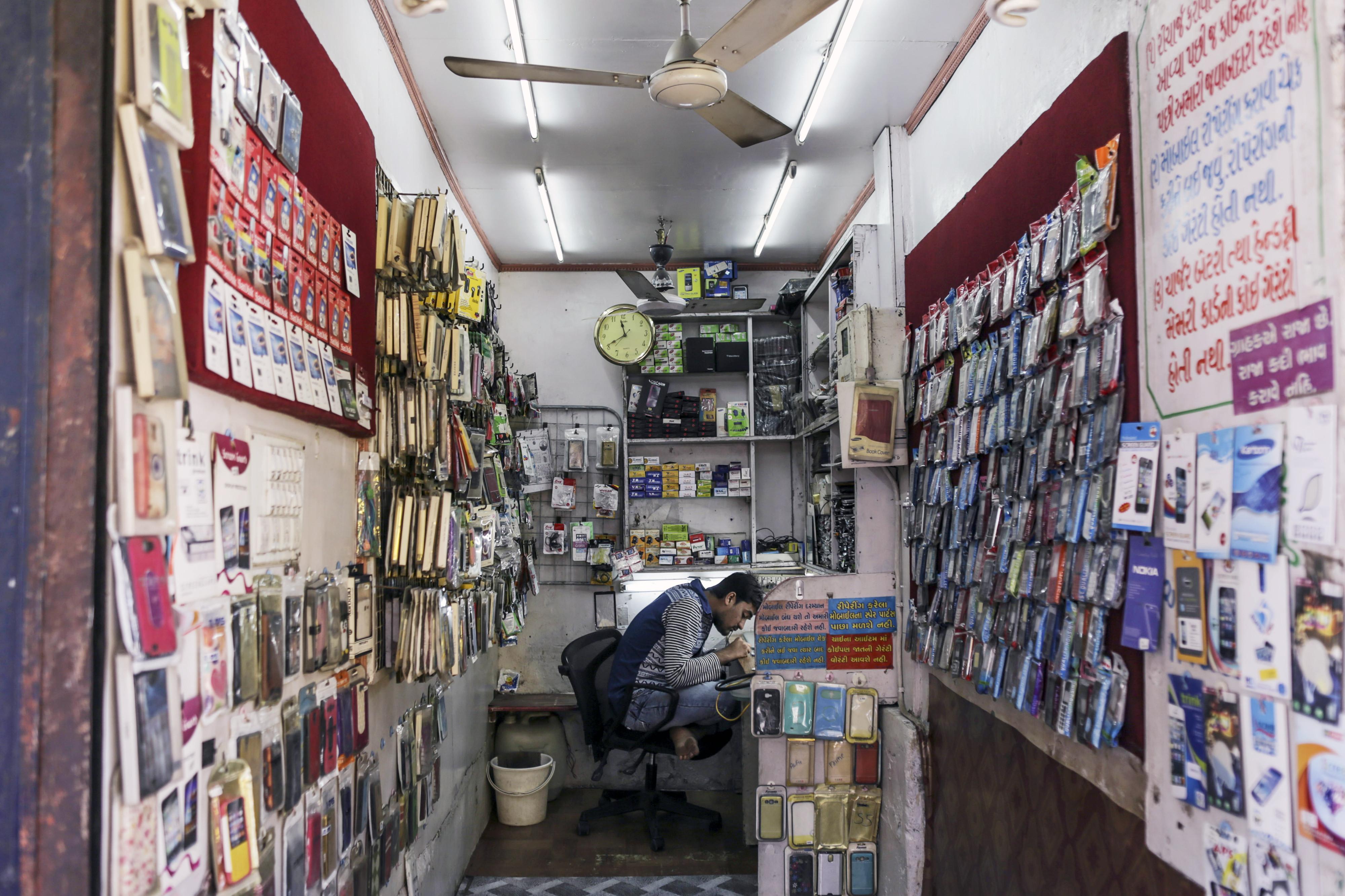 phone store india