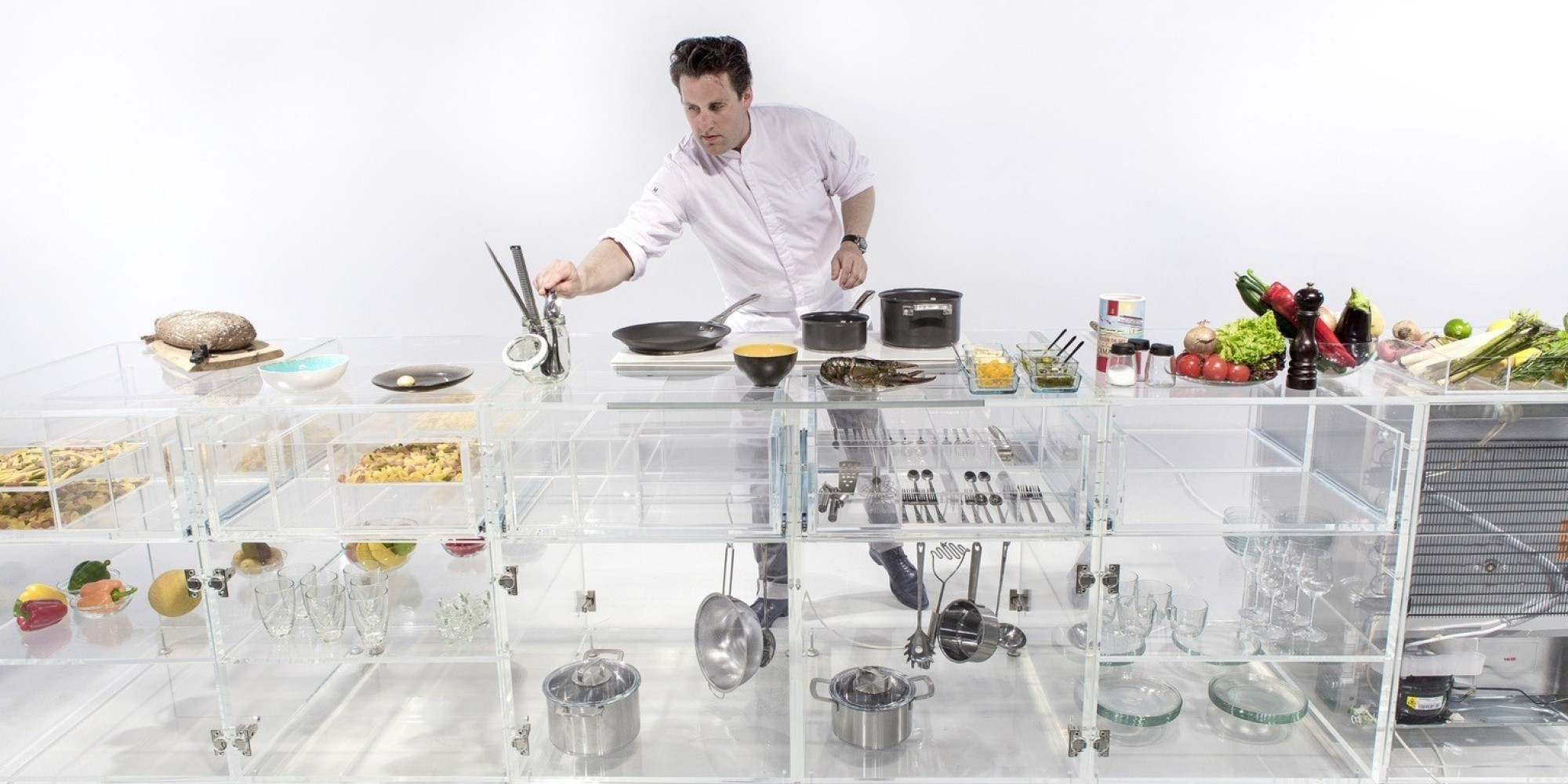 Photos une cuisine enti rement transparente ce qu 39 il ne for Cuisine qui ne ressemble pas a une cuisine
