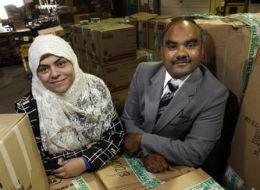 سعودية وزوجها يؤسسان 3 مساجد بكندا.. ويفتحان جمعية لإعانة المحتاجين