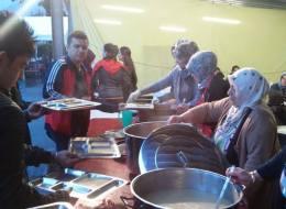 في مدينة نمساوية ذات أقلية مسلمة.. تركيات يفتحن مطابخهن في رمضان للاجئين السوريين والطلبة