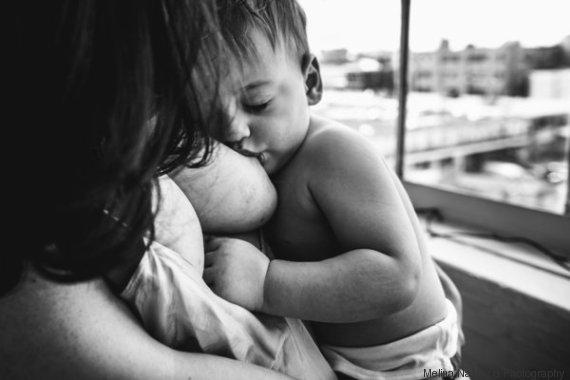 madre hijo pecho