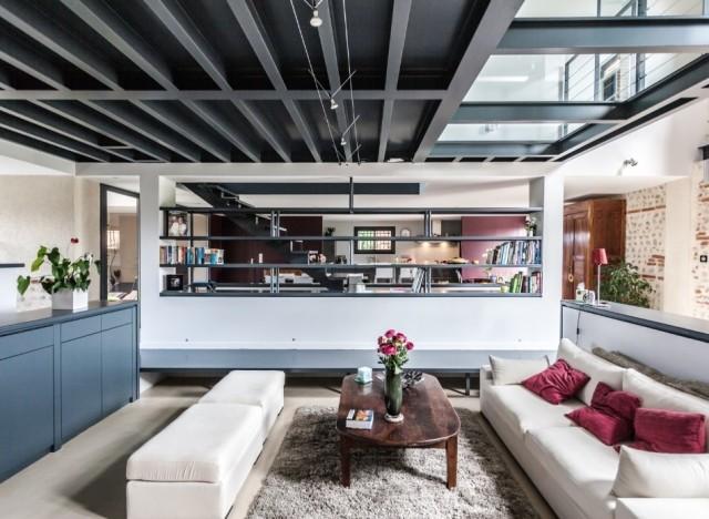 photos ce salon contemporain est une ferme r nov e en ari ge. Black Bedroom Furniture Sets. Home Design Ideas