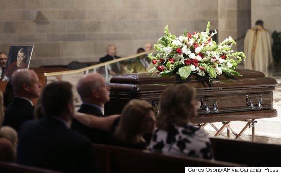 gordie howe funeral