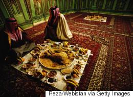 رقم واحد في العالم.. 34% نسبة هدر الطعام بالسعودية ومشروع لإنقاذ ما يمكن إنقاذه في رمضان