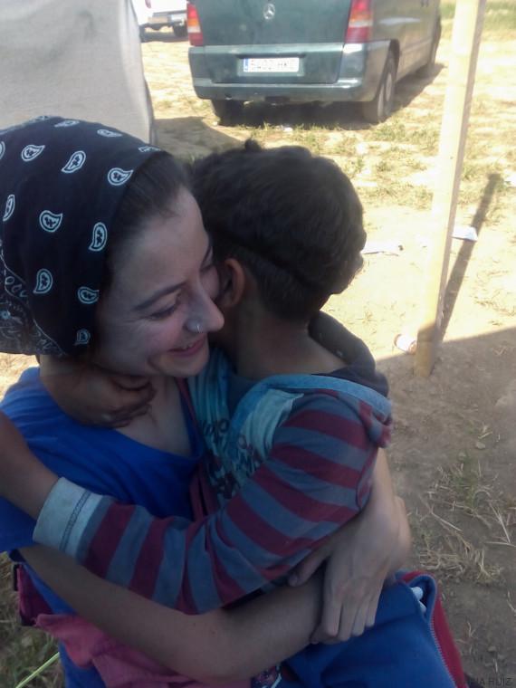 abrazo idomeni