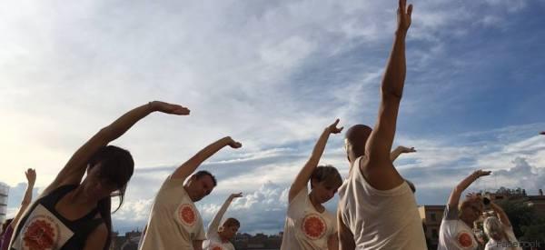 Yoga, meditazione, colori, musica. All'Auditorium di Roma è la Giornata Internazionale dello Yoga