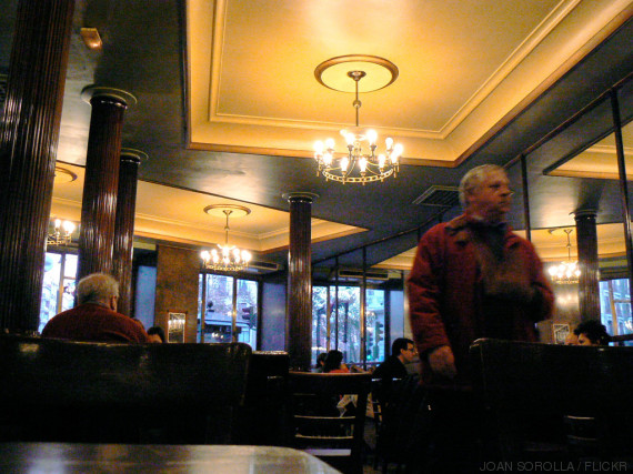 cafe comercial interior