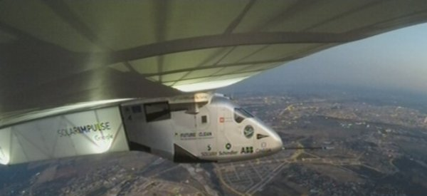L'atterrissage historique de Solar Impulse 2 après sa traversée de l'Atlantique