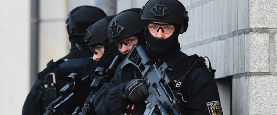 DESPOLICIERSALLEMANDSBERLIN16DECEMBRE2015_0_600_41