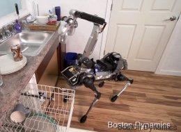 Ce robot nettoie la cuisine et vous amène votre bière! (VIDÉO)