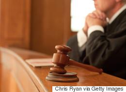 Cancer du sein causé par le travail: la Cour suprême donne raison à trois femmes