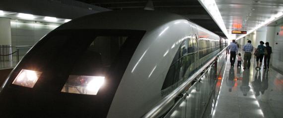 MODERN AIRPORT TRAIN