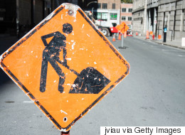Des civils pour gérer la circulation autour des chantiers