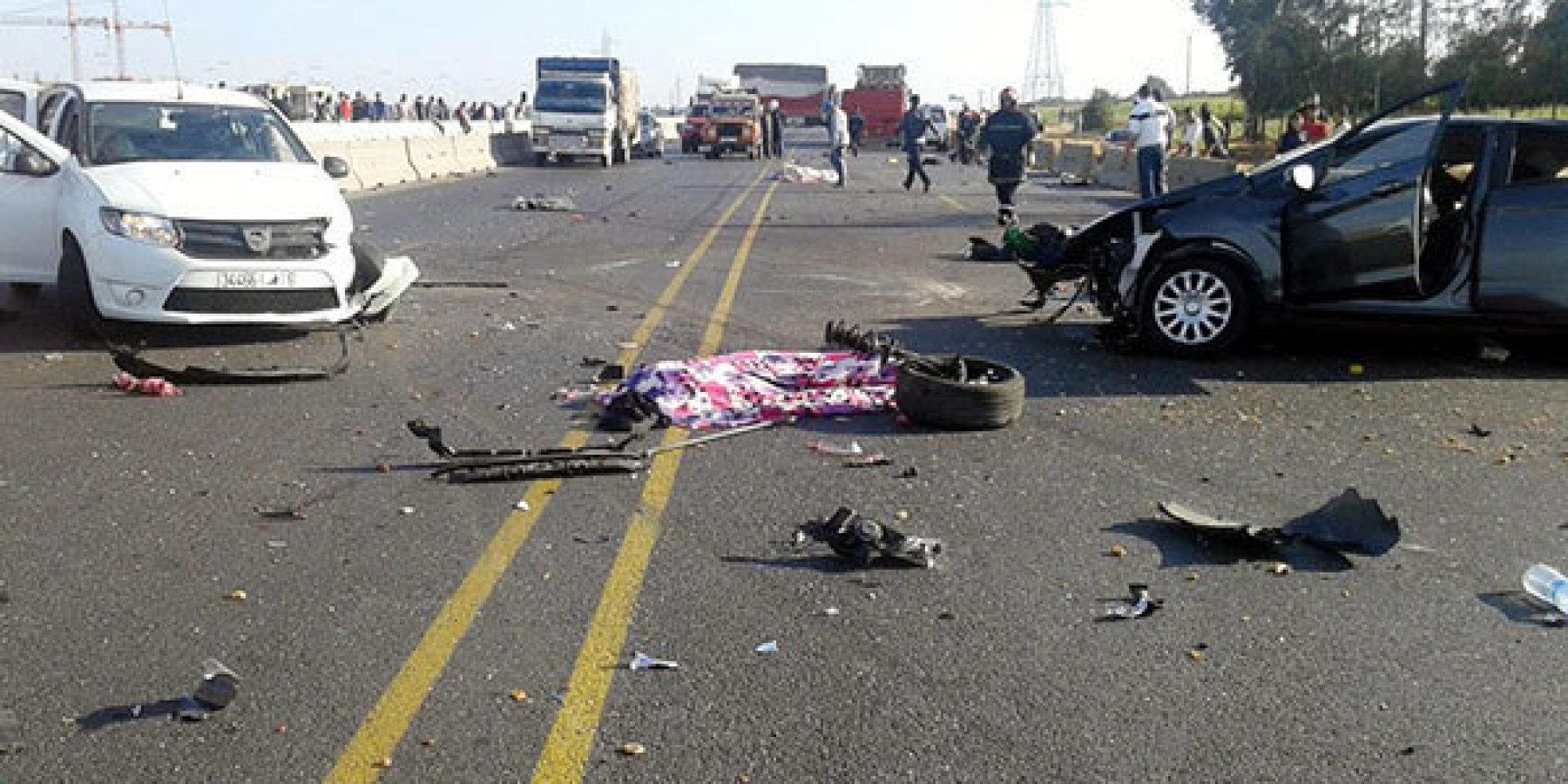 huit morts et des bless s dans un accident de la route au maroc. Black Bedroom Furniture Sets. Home Design Ideas