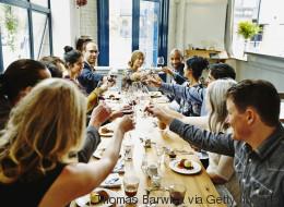 Pourquoi est ce qu'on préfère prendre la même chose que les autres au restaurant