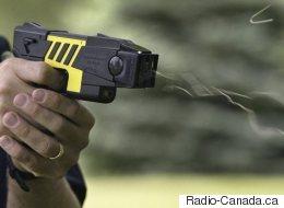 Montréal: Les policiers auront plus de pistolets électriques