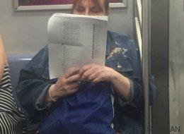 Esta señora está usando Facebook de una forma que no esperas
