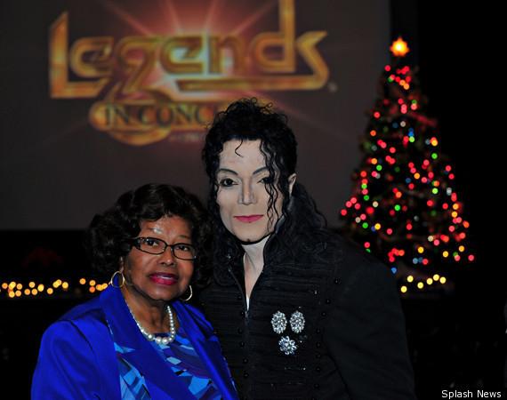 Katherine Jackson With Michael Jackson Impersonator In Las