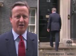 Ignorant que son micro était allumé, David Cameron a fredonné... (VIDÉO)