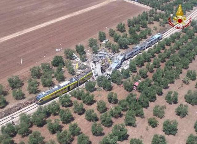 Rome - Italie: dix morts dans une collision de trains