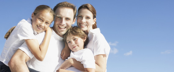 HUGGING FAMILY