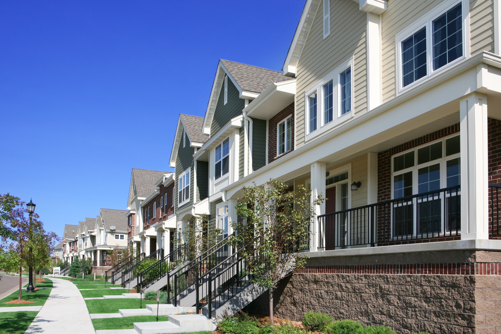 Housing prices continue to soar in Metro Vancouver: Royal Lepage