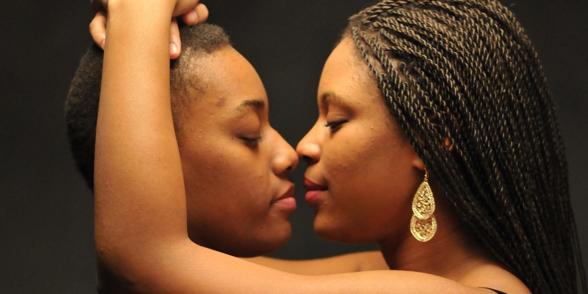 Black lesbians eating