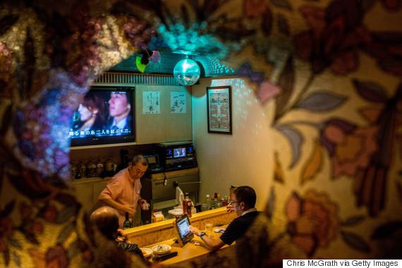 karaoke bar japan