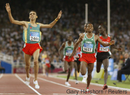 Jeux Olympiques de 2004: L'année où Hicham El Guerrouj est entré dans la légende (VIDÉOS)
