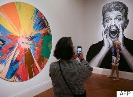 Londres exhibe la colección de arte privada de David Bowie