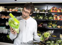 Warum ihr abgepackte Salate nicht einfach so essen solltet