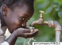 깨끗한 물이 부족한 아이들을 돕는 아주 간단한 방법