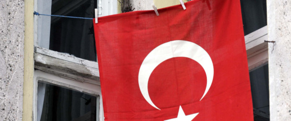 THE FLAGS OF TURKEY ON HOMES