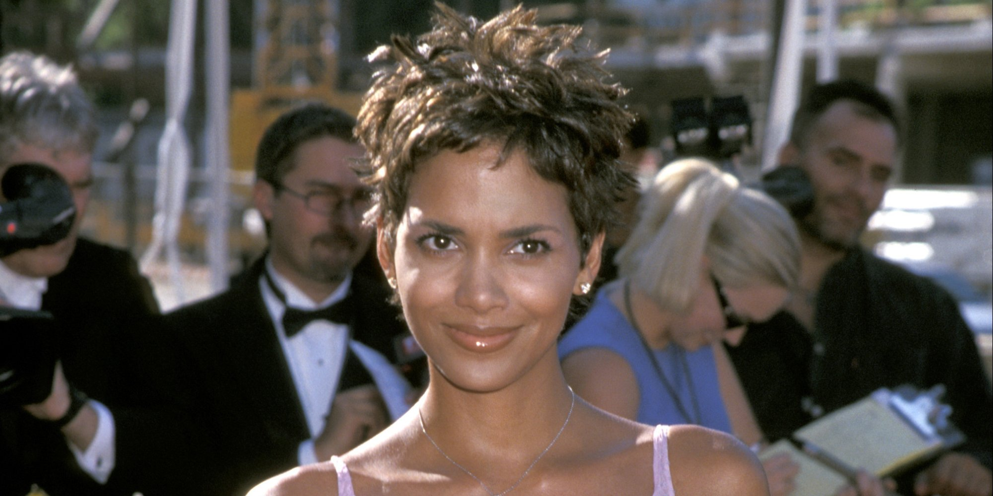 2017 african american hairstyles : Early 2000s Hairstyles You Were Obsessed With