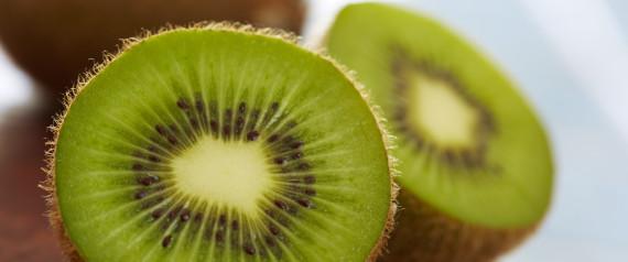 das passiert mit deiner haut wenn du jeden tag eine kiwi isst. Black Bedroom Furniture Sets. Home Design Ideas