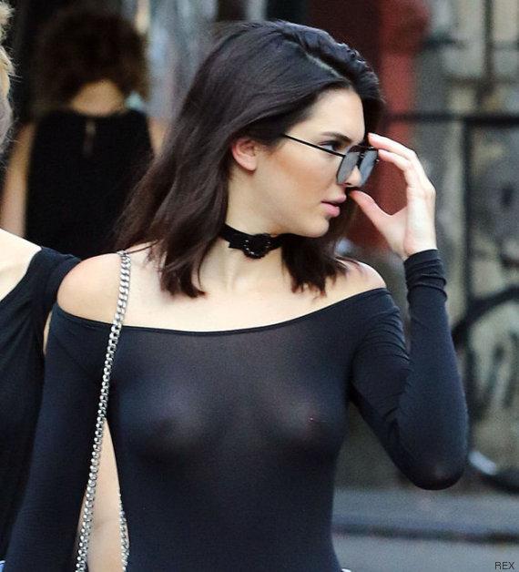 Kendall ប្អូននាងគីម ចេញដើរគ្មានអាវទ្រនាប់... គ្មានបញ្ហា!
