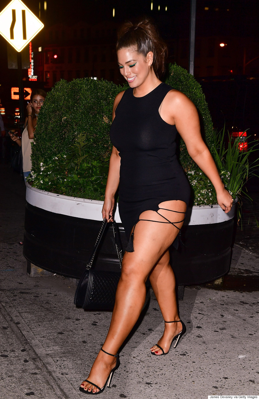 Ashley Graham S Racy Dress Proves Thighs Are Sexy At Any Size