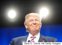 Michael Moore warnt: Aus diesen 5 Gründen wird Donald Trump die US-Wahl gewinnen