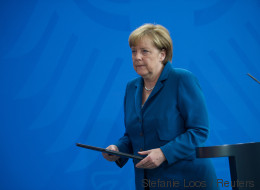 Scharfe Kritik an Merkel: