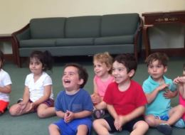 Le rire de cet enfant va égayer votre journée (VIDÉO)