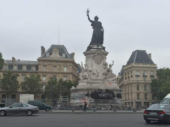 memorial place de la republique