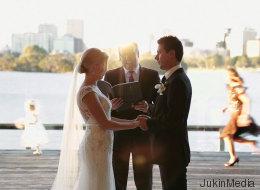 Cette petite fille a ruiné une cérémonie de mariage