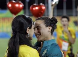 Elle demande sa petite amie en mariage aux Jeux Olympiques