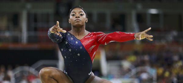 Perché tutto il mondo sta parlando di questa ginnasta?