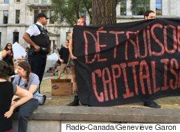 Une manifestation anti-capitaliste en marge du Forum social mondial à Montréal