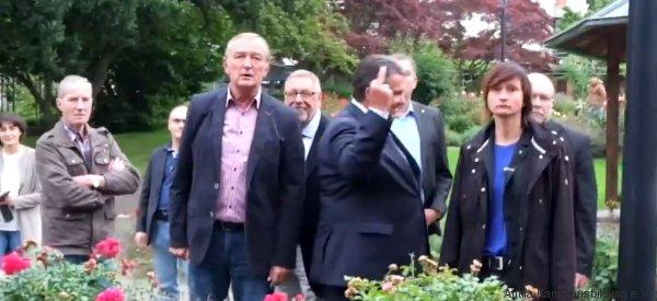 Le (vrai) doigt d'honneur d'un ministre allemand à l'extrême droite