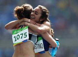 ضحّت بالسباق لمساعدة منافستها.. كيف كافأها الاتحاد الدولي لألعاب القوى؟