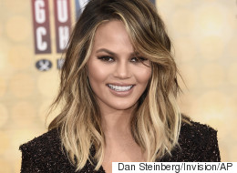 Chrissy Teigen Jokes About Her Mom Stretch Marks On Snapchat
